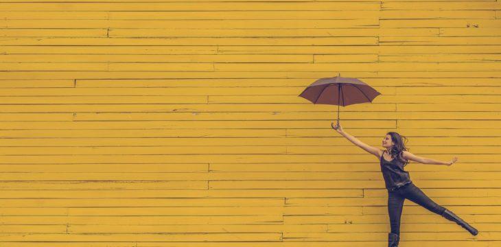 Cómo personalizar tus paraguas de merchandising