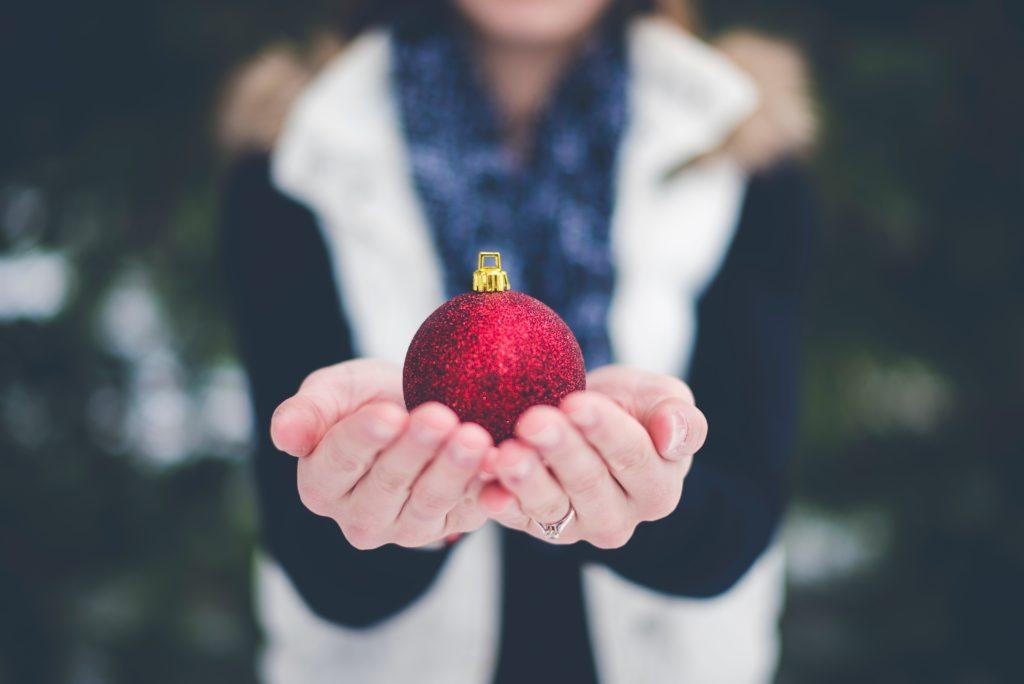 Publicitar tu empresa con bolas de navidad personalizadas